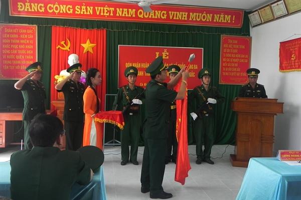 07-56-56_dai-luong-hoang-dong-chi-huy-tr