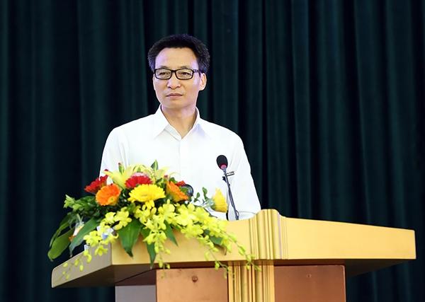 08-19-29_pho-thu-tuong-vu-duc-dam-cho-ra