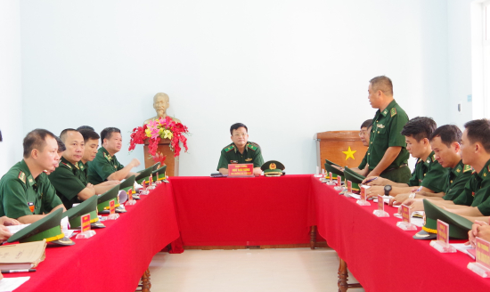 1-thieu-tuong-ngo-thai-dung-chu-tri-kiem-tra-tai-don-bien-phong-tan-thang-1