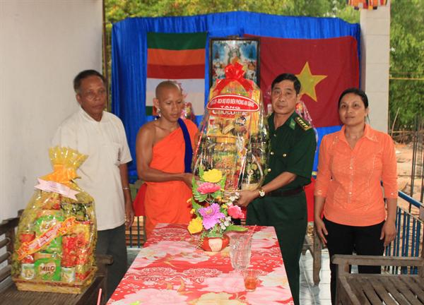 15-50-28_chuc-tet-khmer-1.jpg