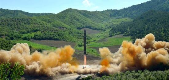 170828-north-korea-missile-ac-630p-5be17b7903a612e423ddf7b9089854fd-nbcnews-fp-760-360