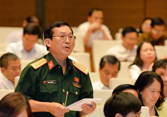 2jsakx5red-62_16021307121062468533_Phan_Anh_Khoa