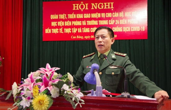 52b8a7pz4u-25662_f_k7g4nbf61_2._Thng_t_Nguyn_Vn_Din_Ph_Ch_huy_Tham_mu_trng_qun_trit_trin_khai_nhim_v_cho_cc_hc_vin_thc_tp
