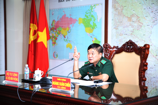 fxs2_anh-2
