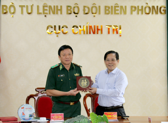 jtf0_anh-2-1
