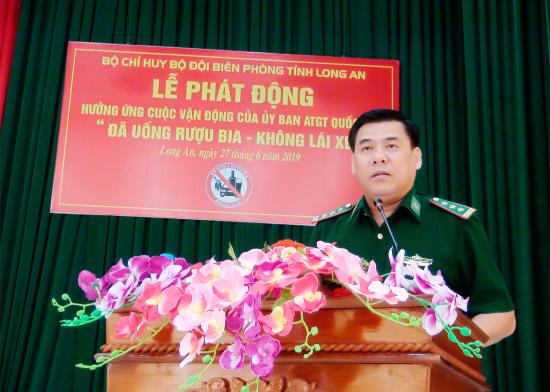 l5c8amvxkb-16004_f_jxefdym11_thuong_ta_Ha_Van_Thanh_Pho_chi_huy_truong_tham_muu_truong_BDBP_tinh_phat_bieu