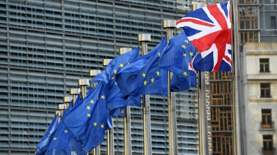 skynews-brexit-uk-flag-eu-flag