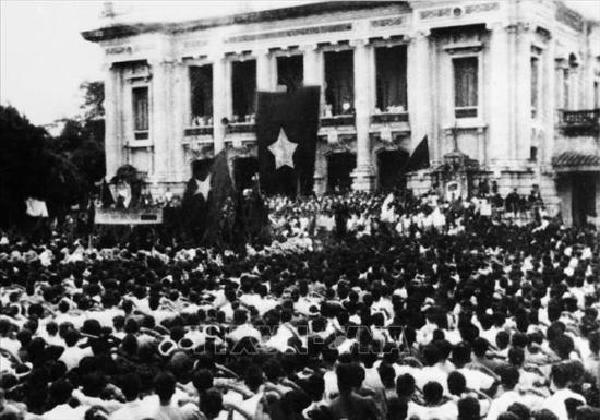 thi-ve-tranh-co-dong-19420