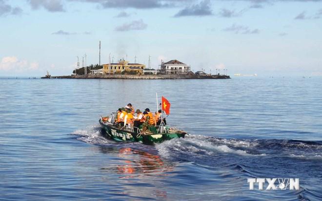 Gia tăng đối trọng gìn giữổn định Biển Đông