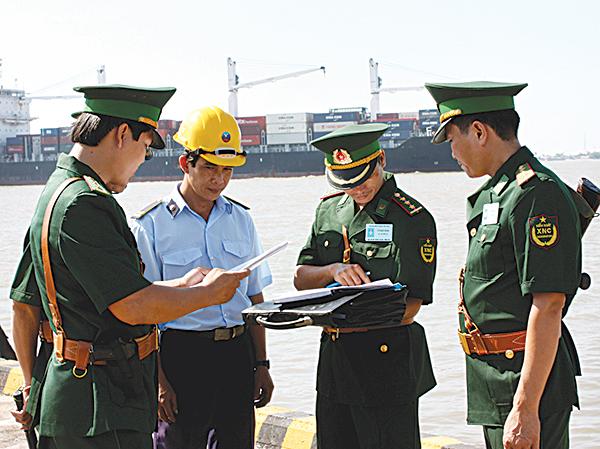 Khẳng định rõ chức năng, nhiệm vụ của lực lượng nòng cốt, chuyên trách trong bảo vệ biên giới quốc gia