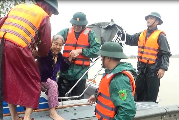 Hà Tĩnh thành lập Sở chỉ huy tiền phương để ứng phó với mưa lũ