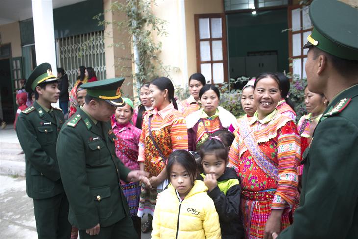 Ngọn cờ đoàn kết các dân tộc thiểu số ở khu vực biên giới