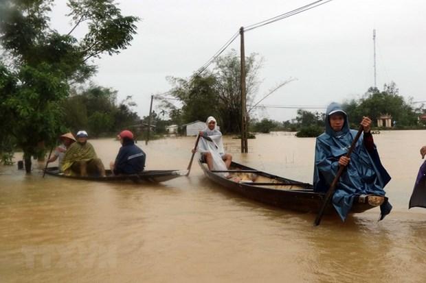 Bão số 8 gây mưa to từ Nghệ An đến Thừa Thiên Huế, bão số 9 mạnh thêm