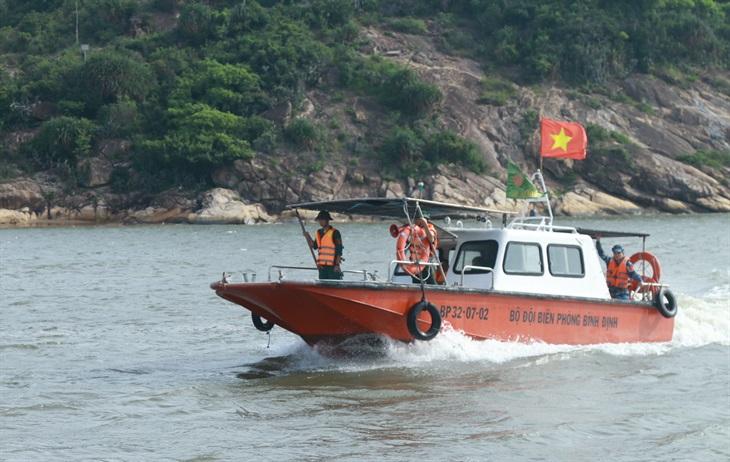 Gấp rút kết nối thông tin với 150 tàu đánh cá đang ở vùng nguy hiểm