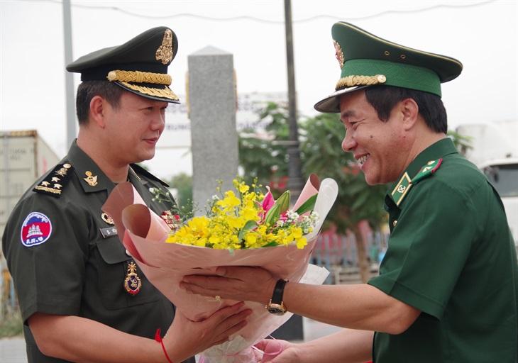 Tăng cường hợp tác quốc phòng giữa Bộ Tư lệnh BĐBPViệt Nam vàBộ Tư lệnh Lục quân Campuchia