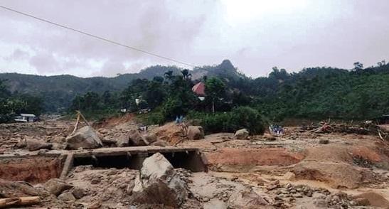 Quảng Nam: Thêm điểm sạt lở tại huyện Phước Sơn, vùi lấp 11 người