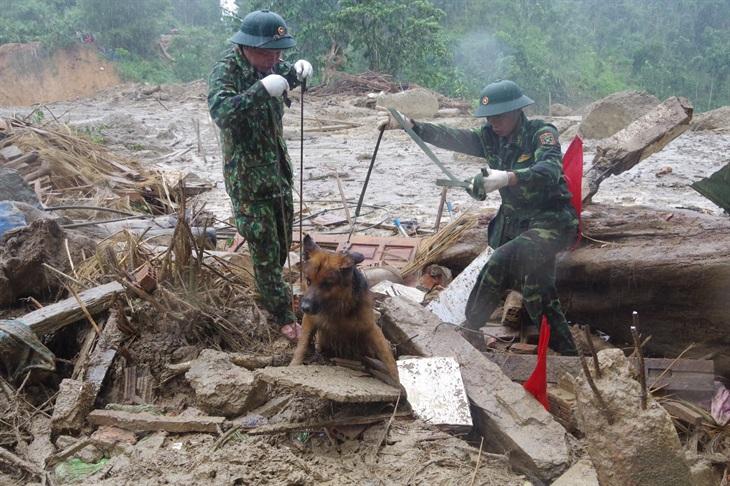 Tổ công tác đặc biệt của BĐBP tại vụ sạt lở ở Trà Leng