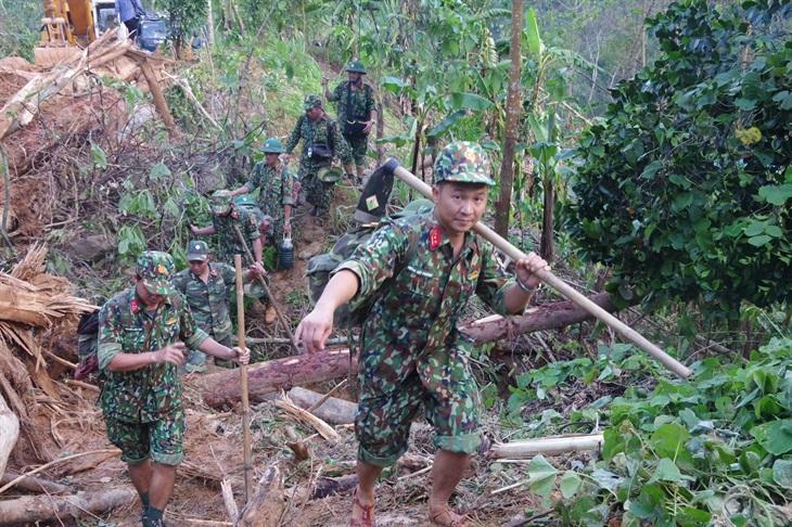 Nỗ lực tìm kiếm người mất tích ở Trà Leng