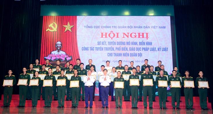 Tạo chuyển biến mạnh mẽ trong nhận thức và ý thức chấp hành pháp luật, kỷ luật trong thanh niên Quân đội