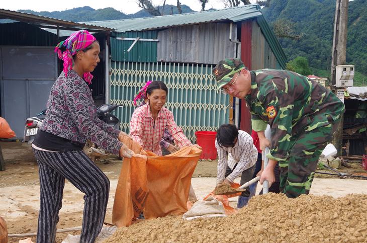 Những ngôi nhà nghĩa tìnhở vùng biên giới Lai Châu