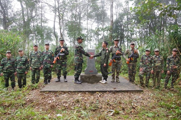Đoàn kết, chung tay xây dựng biên giớihòa bình, hữu nghị, hợp tác và phát triển
