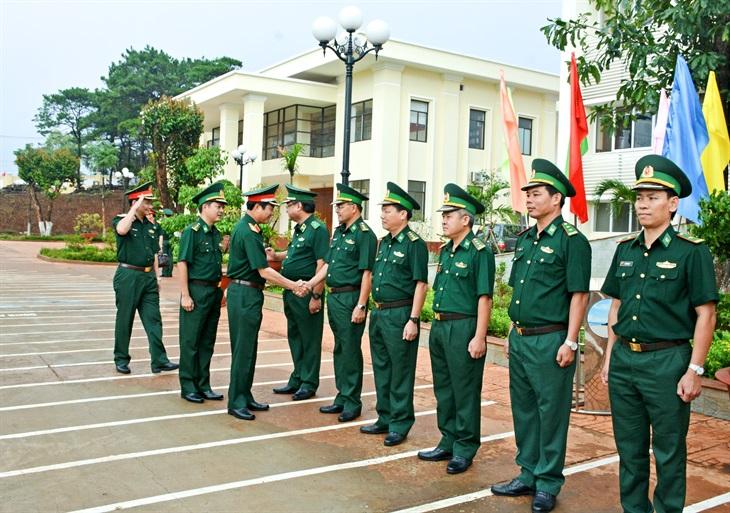 Trung tướng Nguyễn Tân Cương thăm và kiểm tra tại BĐBP Gia Lai