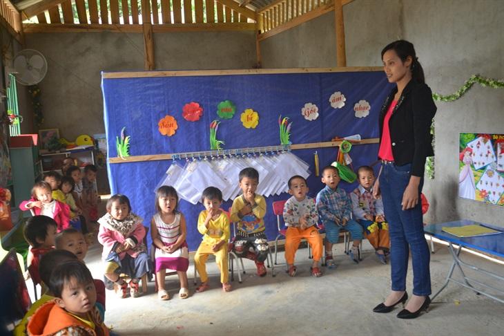 Giảm nghèo nhanh, bền vững vùng đồng bào dân tộc thiểu số