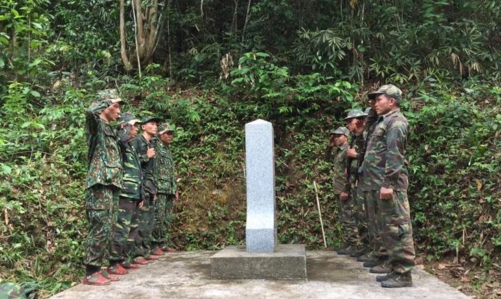 Tuần tra song phương tuyến biên giới Việt Nam - Lào