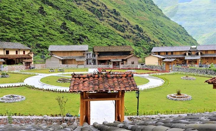 Làm du lịch cộng đồng gắn với bảo tồn văn hóa dân tộc Mông