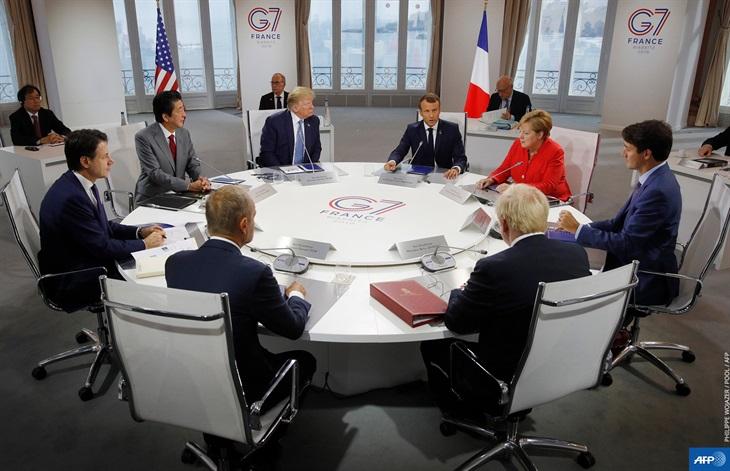 Sự lệch sóng trong nội bộ G7