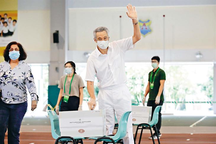 Niềm tin cho Singapore vượt qua khủng hoảng