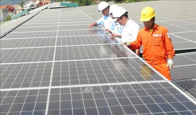 Phát triển trên 8.730 dự án điện mặt trời mái nhà ở miền Trung - Tây Nguyên