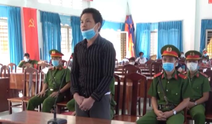 Nhận 7 năm tù giam vì tội đưa người nhập cảnh trái phép