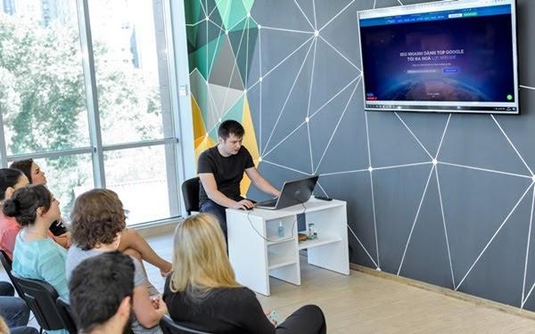 Dịch vụ SEO tự động Azaseo - Giải pháp hiệu quả cho doanh nghiệp 4.0