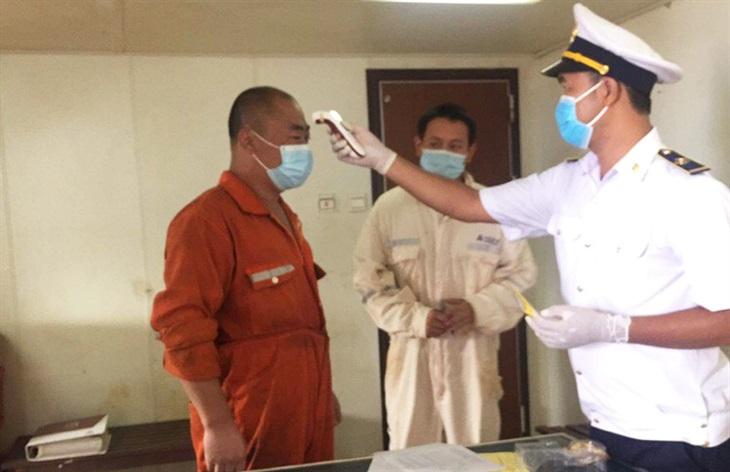 Cách ly toàn bộ thuyền viên tàu Amoy Dream nhập cảnh vào cảng Gianh