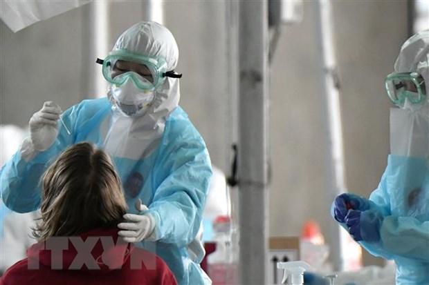 Lượng virus SARS-CoV-2 ở ca không triệu chứng như ca có triệu chứng
