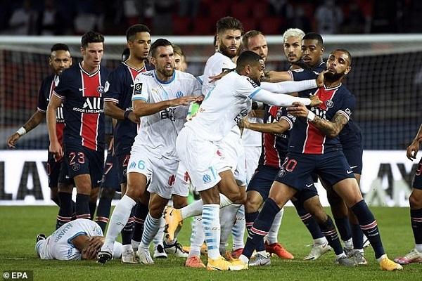 Tottenham gục ngã trên sân nhà, mưa thẻ đỏ ở trận derby nước Pháp