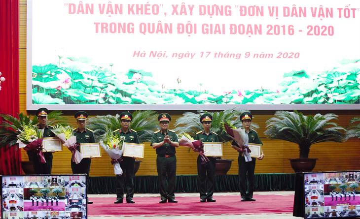 Tổng kết phong trào thi đua Dân vận khéo, xây dựng Đơn vị dân vận tốt trong Quân đội