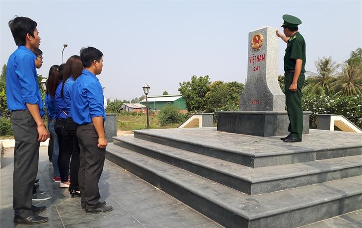 Quy định BĐBP chủ trì duy trìan ninh chính trị, trật tự an toàn xã hộiở khu vực biên giới, cửa khẩu là phù hợp