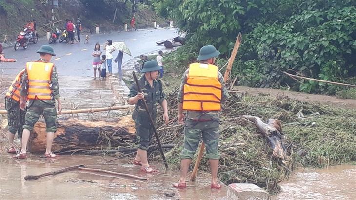 BĐBP tích cực giúp dân khắc phục hậu quả sau bão