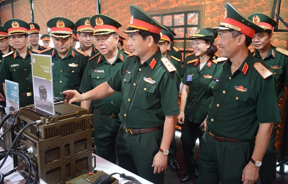 Thượng tướng Phan Văn Giang kiểm tra công tác chuẩn bị Đại hội đại biểu Đảng bộ Quân đội lần thứ XI