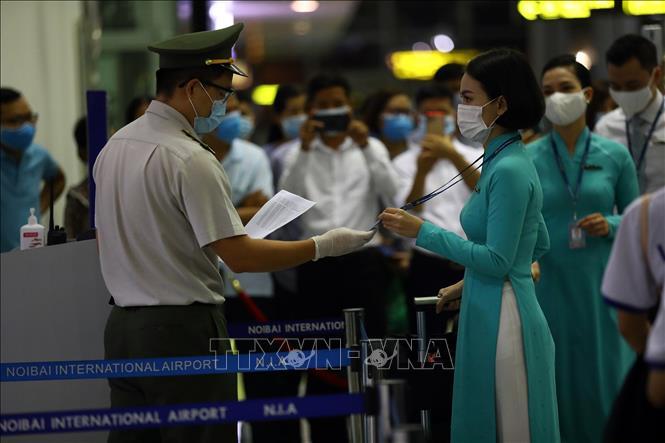 Sáng 27-9, Việt Nam còn 16.829 người đang cách ly phòng dịch Covid-19