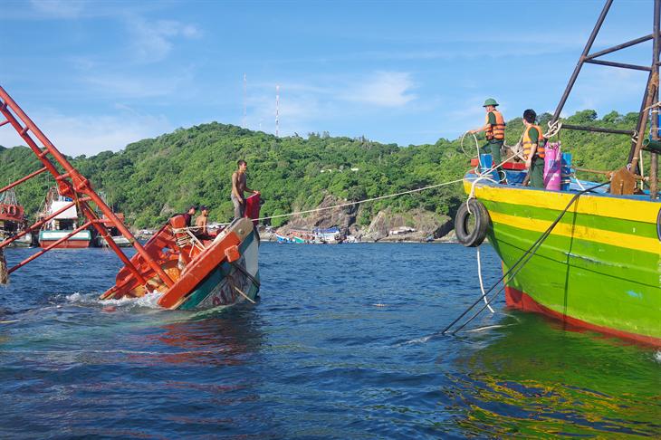 Điểm tựa của người dân vùng biển Cà Mau