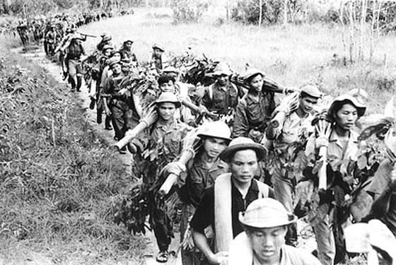 Dáng đứng Việt Nam tạc vào thế kỷ