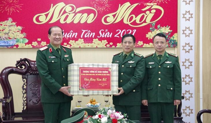 Thượng tướng Bế Xuân Trường thăm, chúc Tết BĐBP Cao Bằng