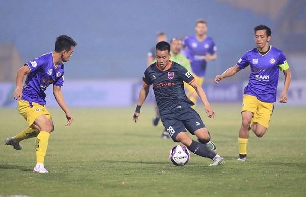 Hà Nội FC thua trận thứ 2 liên tiếp, Arsenal sớm trở thành cựu vương
