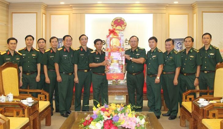 Bộ Tư lệnh Quân khu 7 thăm, chúc Tết Bộ Tư lệnh BĐBP