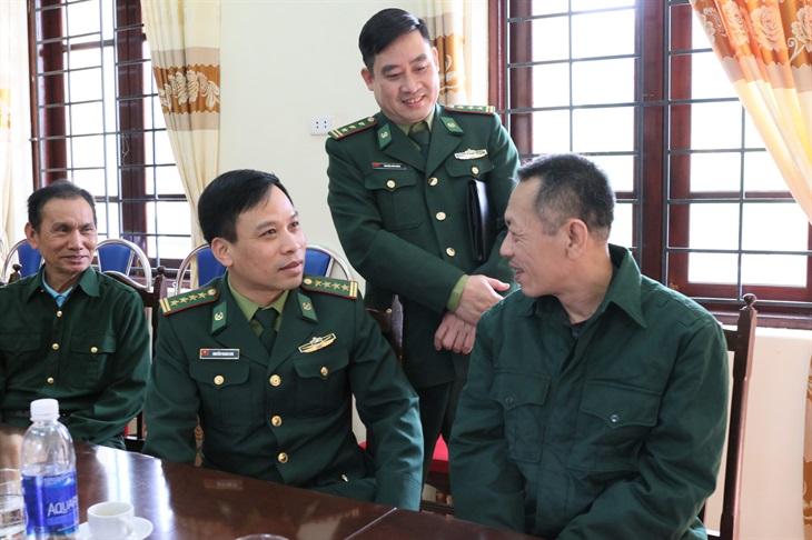 Bộ Tư lệnh BĐBP tặng quà Tết cho các Trung tâm điều dưỡng thương binh