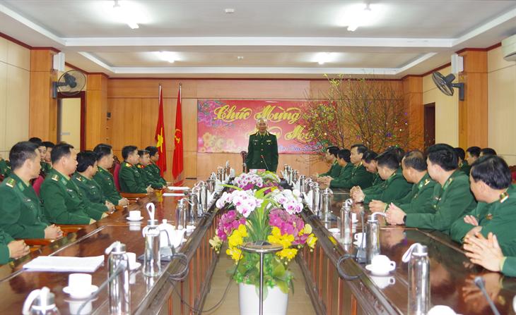 Bộ Tư lệnh Quân khu 4 kiểm tra, chúc Tết BĐBP Hà Tĩnh