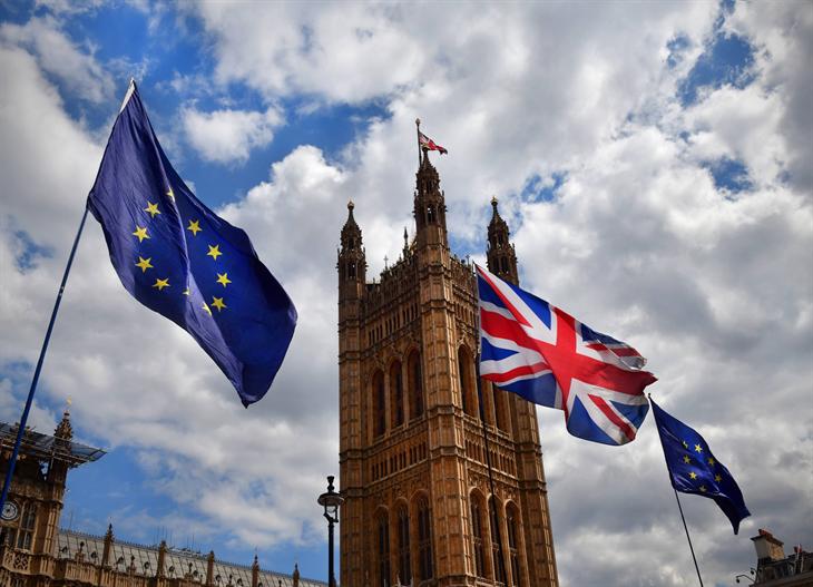 Nước Anh với vận mệnh mới: Ngày vui có tày gang?